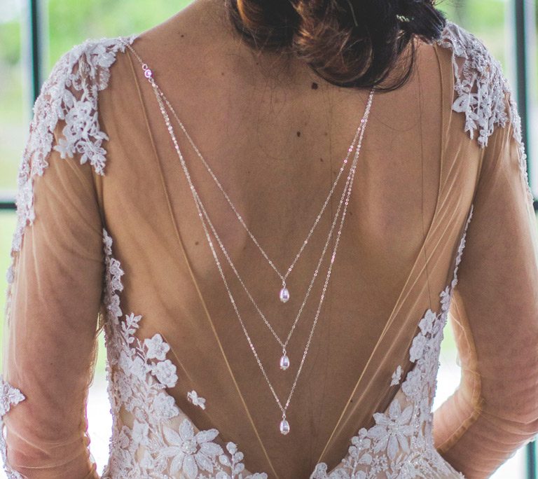 Le Collier de dos Charline vendu