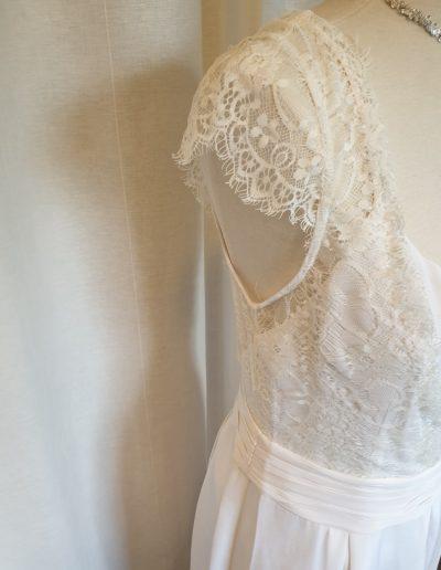 robe-soie-dentelle-détails