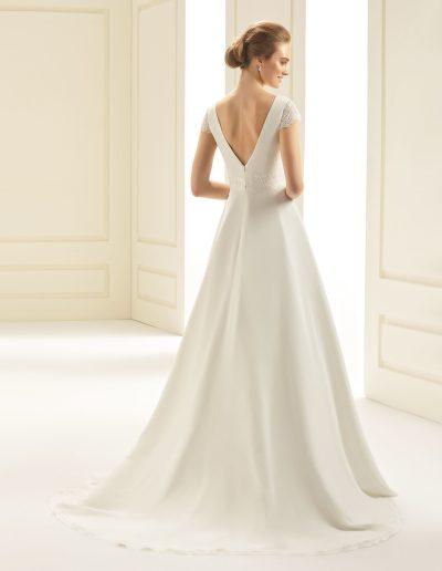 robe de mariée ivoire en chiffon et dentelle